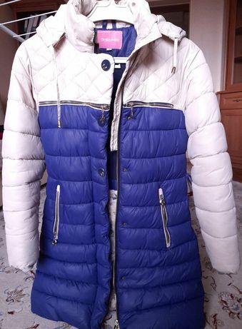 Куртка зимова дитяча в гарному стані (на 11-14 років), зріст 142см.