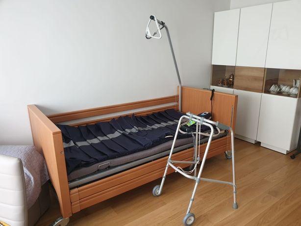 Lóżko ortopedyczne /rehabilitacyjne materaz przeciwodleżynowy jak nowe