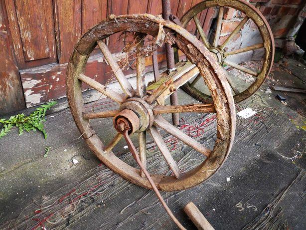 Koła drewniane do wozu konnego drabiniastego
