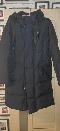 Продам зимнюю мужскую куртку, пуховик