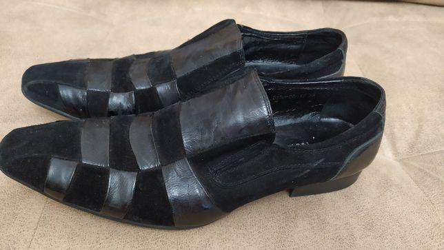 Продам мужские замшевые туфли Barcly