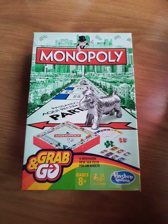 Vende-se Monopoly Pequeno