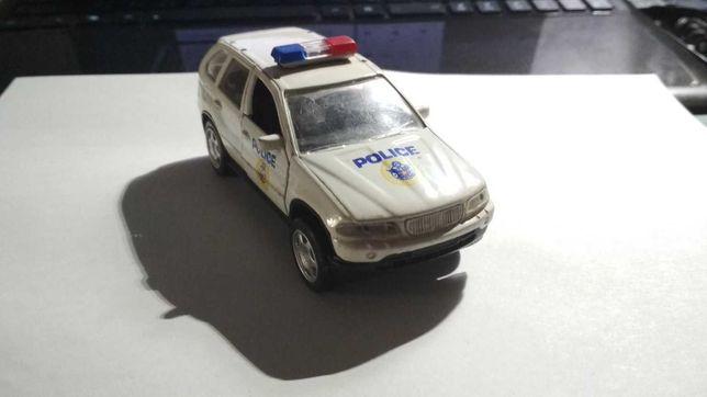 металлическая машинка полицейская Police