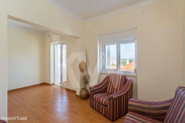 Apartamento T1 em Agualva-Cacém