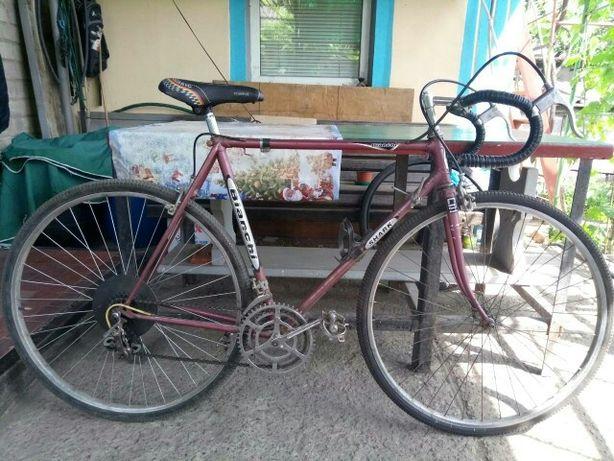 шоссейный спортивный велосипед