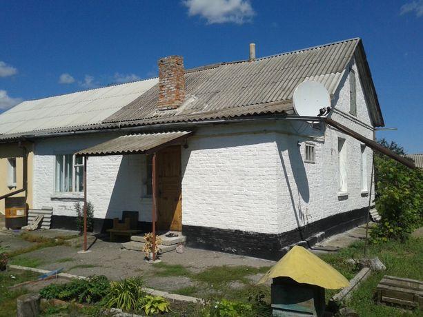 Продам 3-кімнатну квартиру в центрі міста Погребище