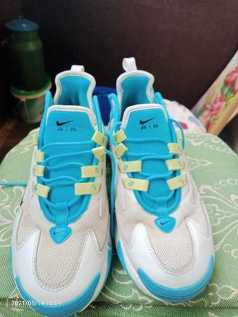 Кросовк Nike AIRE