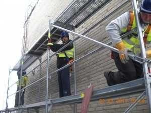 Rusztowania elewacyjne, warszawskie, stemple budowlane do wynajęcia