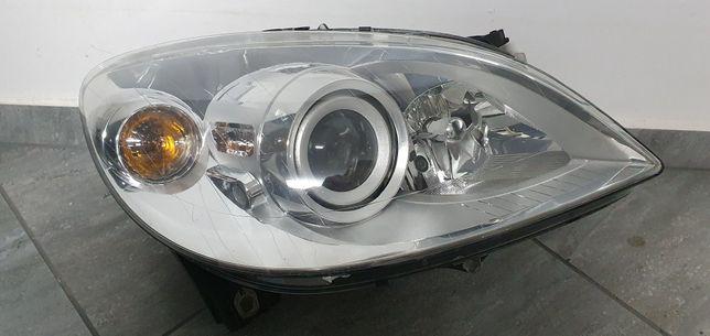 Mercedes B Klasa W245 Bi-Xenon Lift lampa prawa