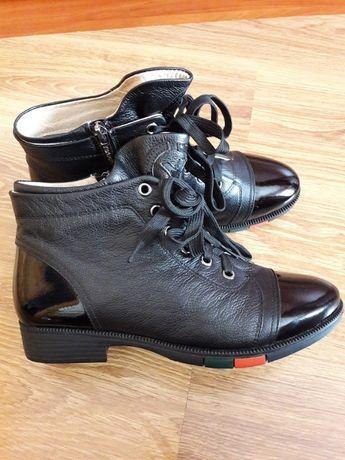 новые кожаные ботинки, 37 размер полномерный