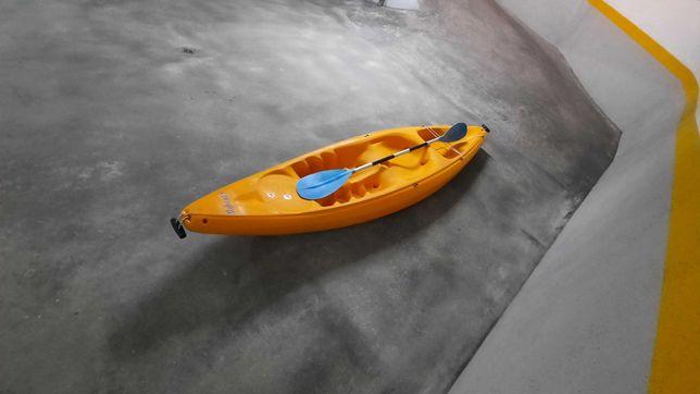 Kayak com pouco uso