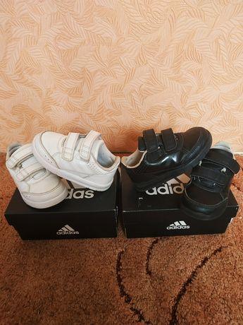 Кроссовки Adidas 22 размер