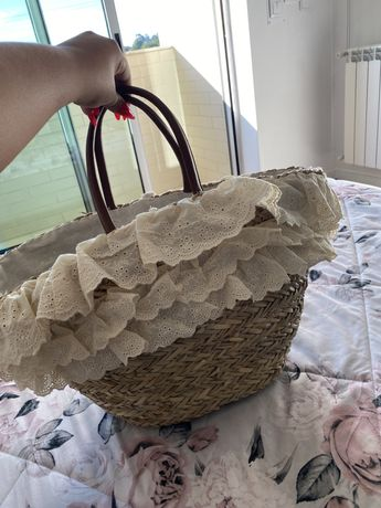 cesta de praia palha