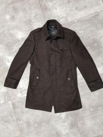 Brązowy płaszcz Esprit rozmiar M