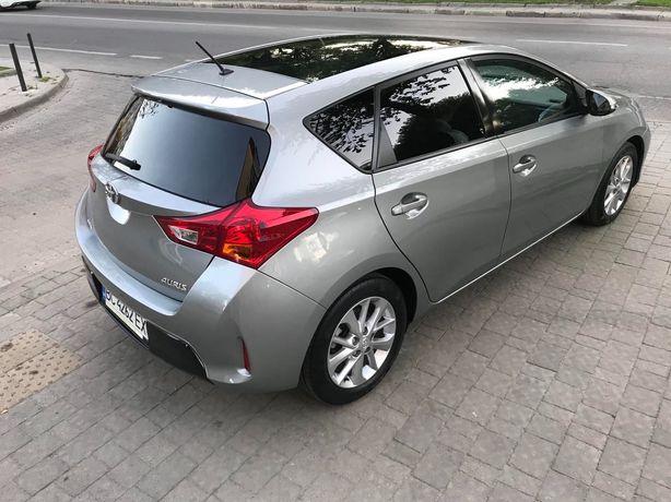 Toyota Auris Style 2013|2012 (макс.комп.+панорама)