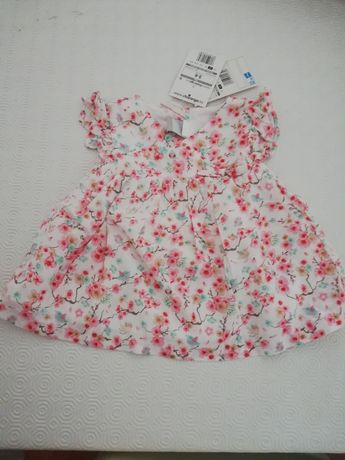 Vestido bebé Novo