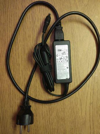 Зарядное устройство для ноутбука нетбука Samsung 19V 2.1A