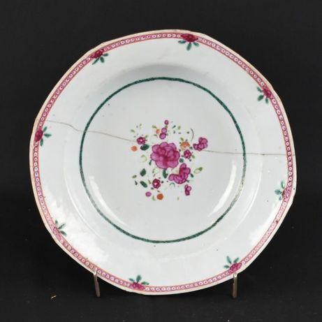 Prato fundo oitavado Companhia das Índias, Família Rosa, séc. XVIII