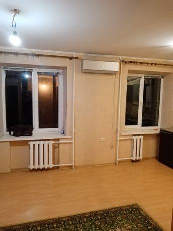 2-х.ком.квартира с ремонтом на среднем этаже кирпичный дом в центре