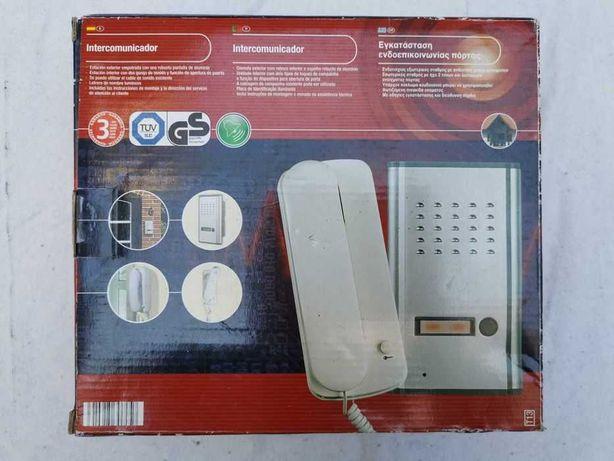 Intercomunicador - consola exterior + interior