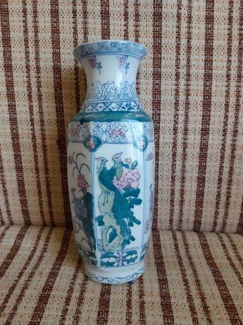 Гарна китайська ваза