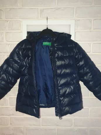 Puchowa zimowa kurtka Benetton rozm. 86-92
