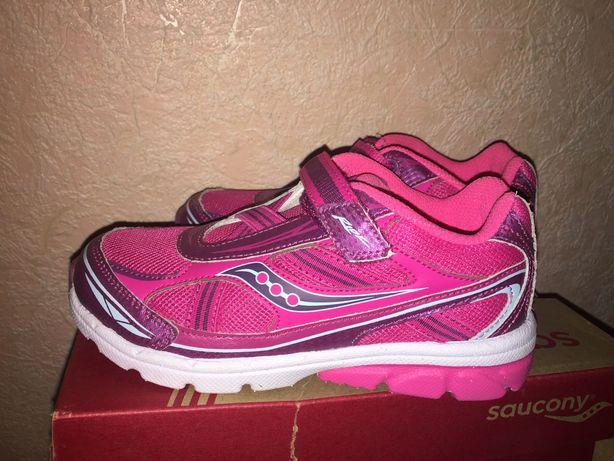 Новые детские кроссовки Saucony