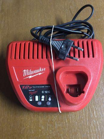 Milwaukee ładowarka c12c