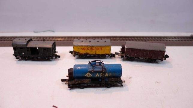 Zestaw 4 wagony towarowe skala TT złom   //7tt