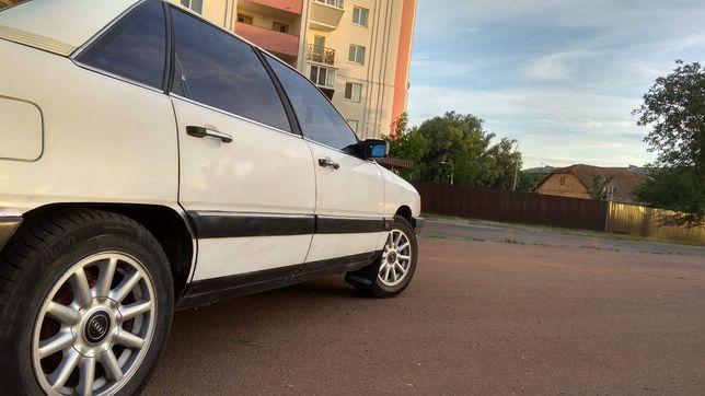 Ауді 100 с3,Audi 1986р.,1781 куб.см.,89 л.с.,66 кВт.Можливий обмін
