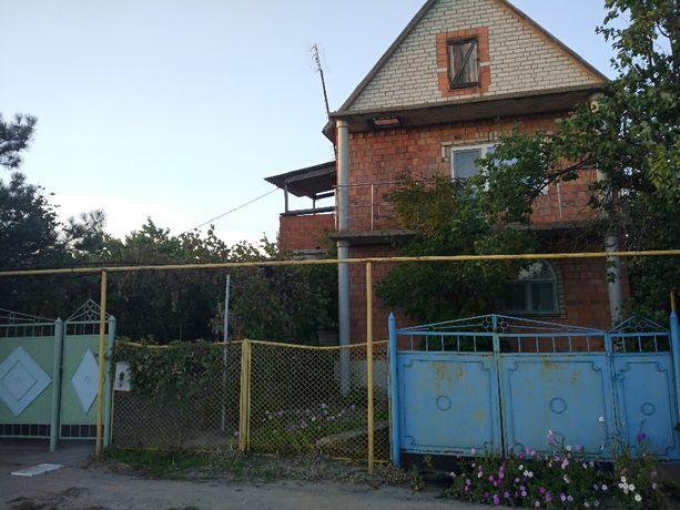 Продам дом в с.Новоукраинка по улице Центральной.