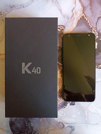 Telefon smartphone LG K40, niebieski, stan bardzo dobry