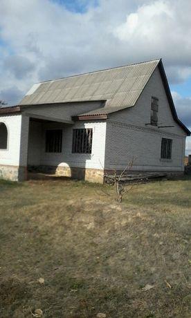 Будинок в селі Орадівка