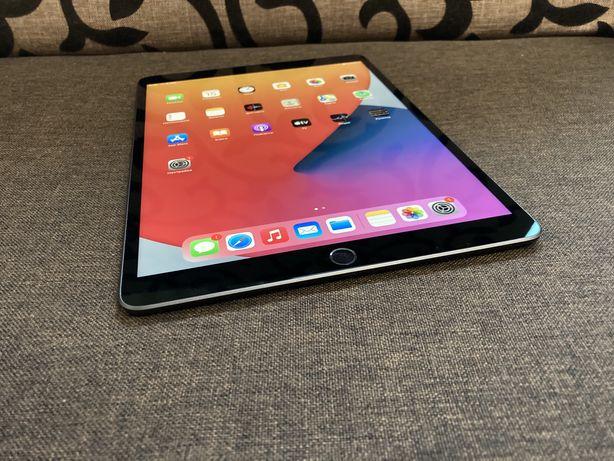 Продам Apple iPad Air 3 10.5 64gb Space Gray 1 цикл! 2019-2020