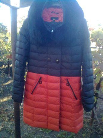 Продам теплый зимний женский пуховик