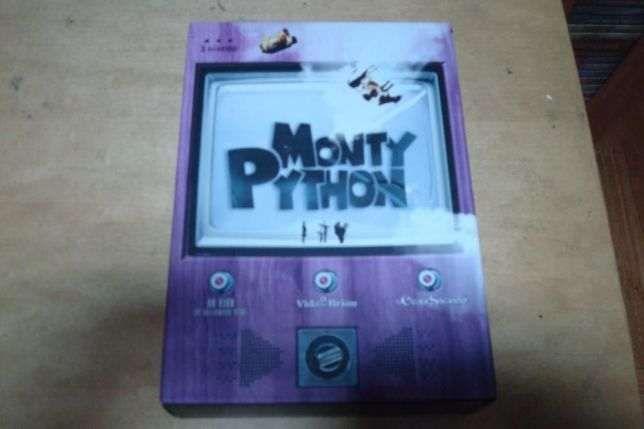 pack original dvds monty pyton 2 filmes e um espetaculo ao vivo
