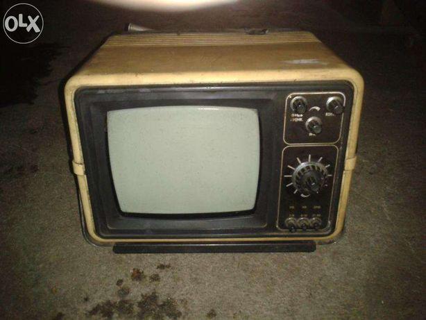 Telewizor SILELIS 405D