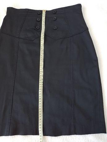 Spódniczka włoska czarna (ołówkowa) na podszewce rozmiar 42