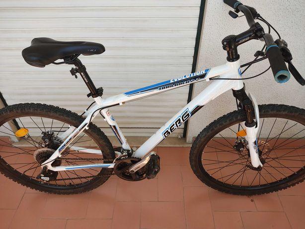 Bicicleta Berg Trailrock 2.2 ótimo estado