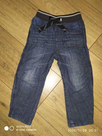 Spodnie jeansowe na chłopca 92