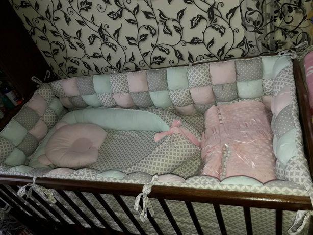 Кроватка+комплект постельного+матрац
