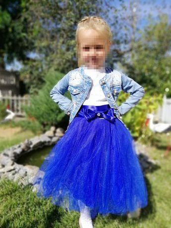 Платье для девочки. Пышное платье. Платье фатин. Фатиновая юбка