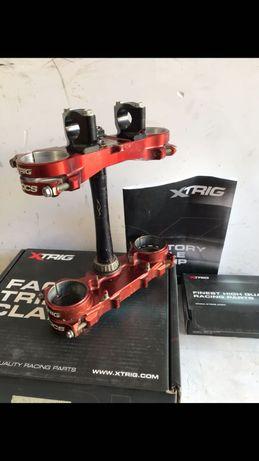 Mesas X-Trig com apoios e par de rodas Yamaha yzf