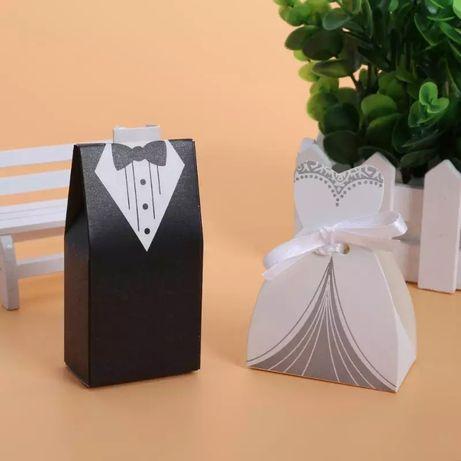 Pudelka dla gosci weselnych, podziekowanie pan młody pani mloda suknia