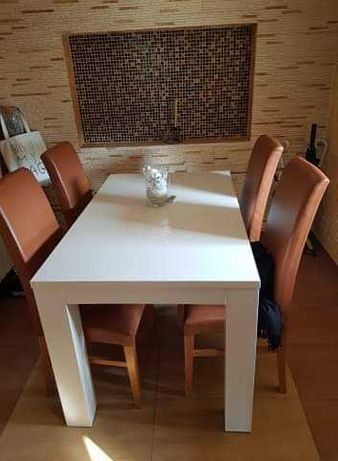 Stół biały lakierowany