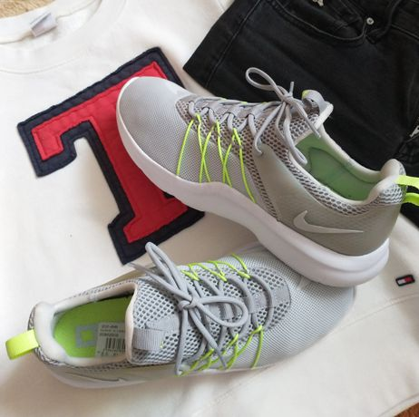 Nike damskie rozmiar 40 długość wkładki 25,5cm