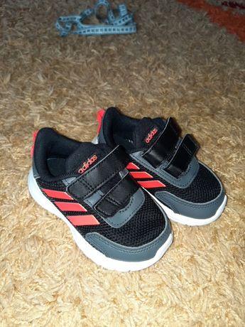 Кроссовки adidas кеды