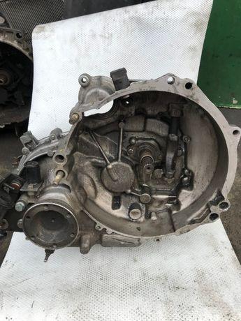 кпп коробка передач Volkswagen Lupo Arosa 1.0 Mpi 002301107S