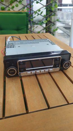 """Vendo auto rádio """"vintage"""""""