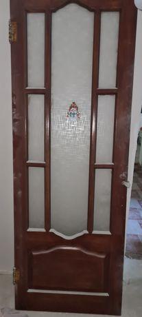 Двери б/у межкомнатные деревянные